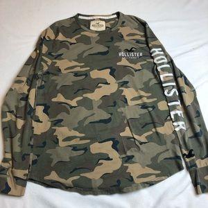 Hollister Large Long Sleeve Camo T-Shirt